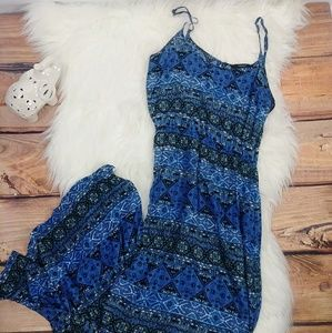Forever 21 Maxi dress (length 53in.)